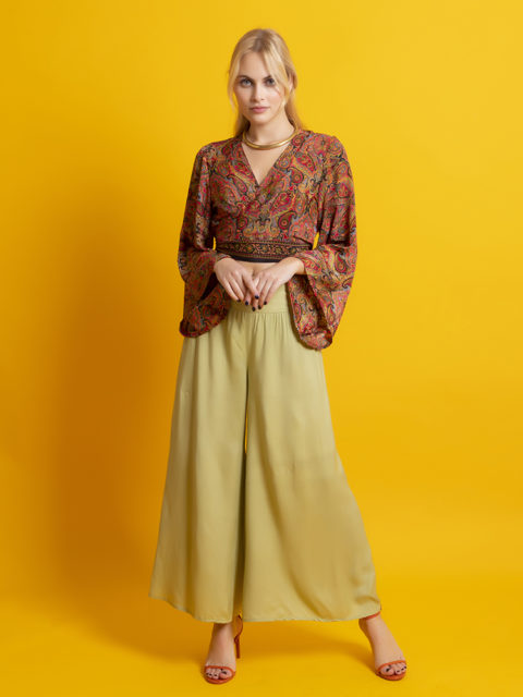 Free size solid color trousers green